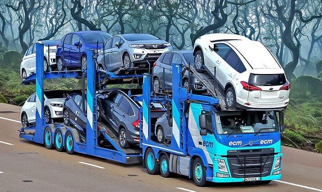 Truk-Besar-Modifikasi-Angkutan-Mobil